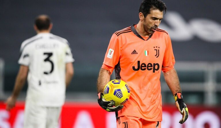 FOOTBALL -Juventus Mercato: Gianluigi Buffon announces his departure from Juve!