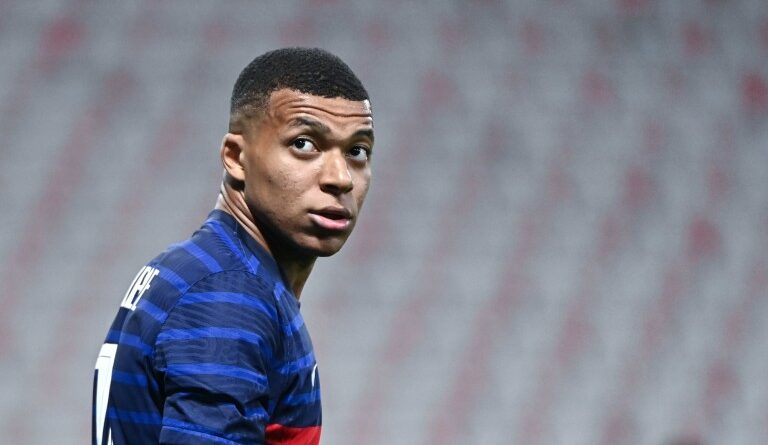 FOOTBALL - PSG Mercato: Kylian Mbappe to Real Madrid for 200M€, a deal in sight?